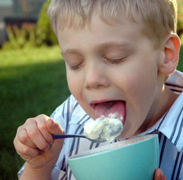 j-eating-icecream